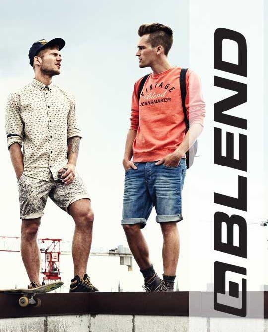 купить мужской микс Blend микс мужской одежды оптом куртки футболки джинсы шорты