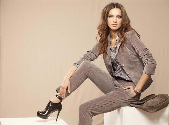 Женская модная одежда оптом известных брендов - Stock House - Купить ... 72ffdf38140