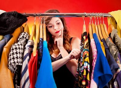 Выгоды продажи стока оптом европейского производства со склада в Украине - выборки одежды оптом