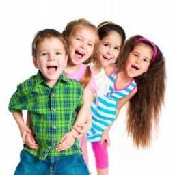 Продажа детской одежды: выгоды направления