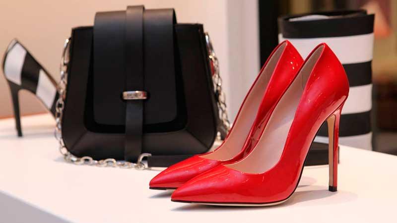 Стоковая обувь