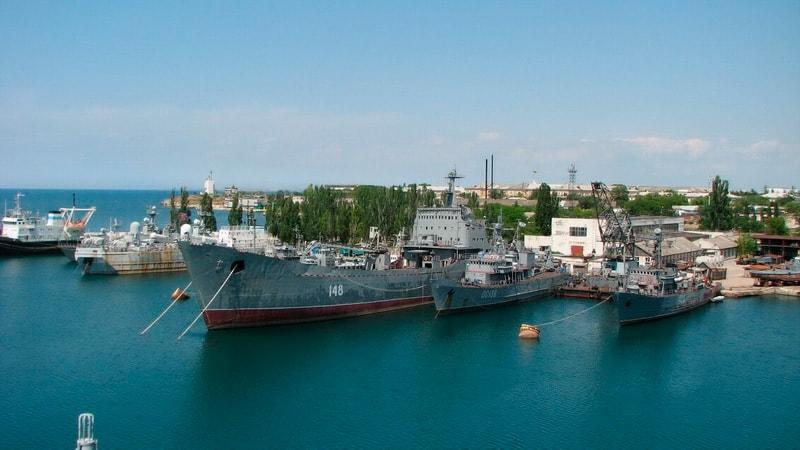 Сток в порту Севастополя